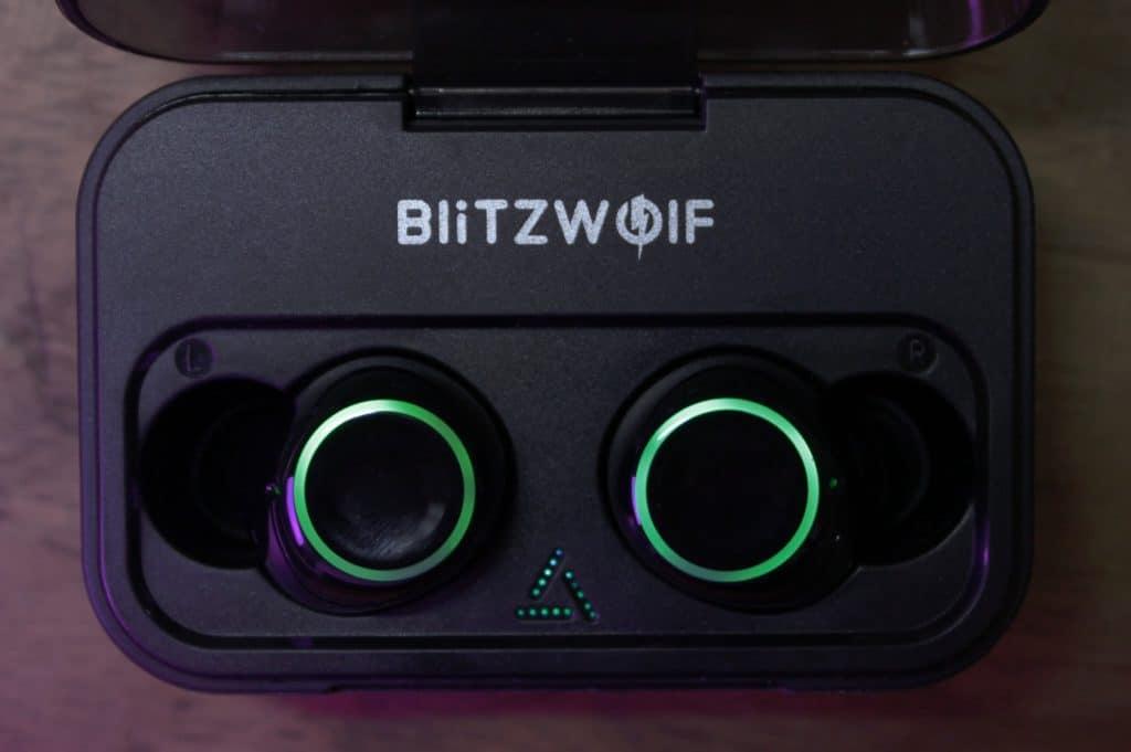 BlitzWolf BW-FYE3 - Auto Charging