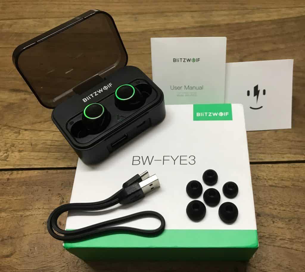 BlitzWolf BW-FYE3 - Box Contents